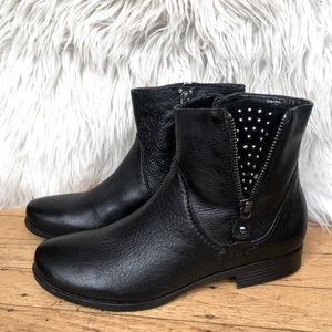 Earthies Sintra Black Leather Ankle Boots 7.5 NWOT
